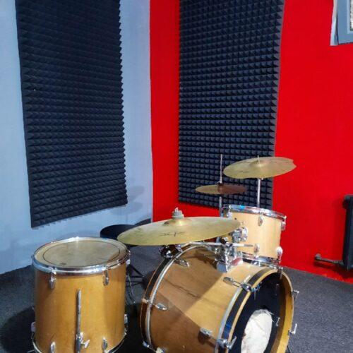 Уроки барабанов, курсы ударных